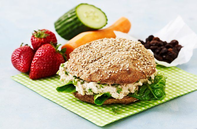 Sandwichbolle med torskerognssalat