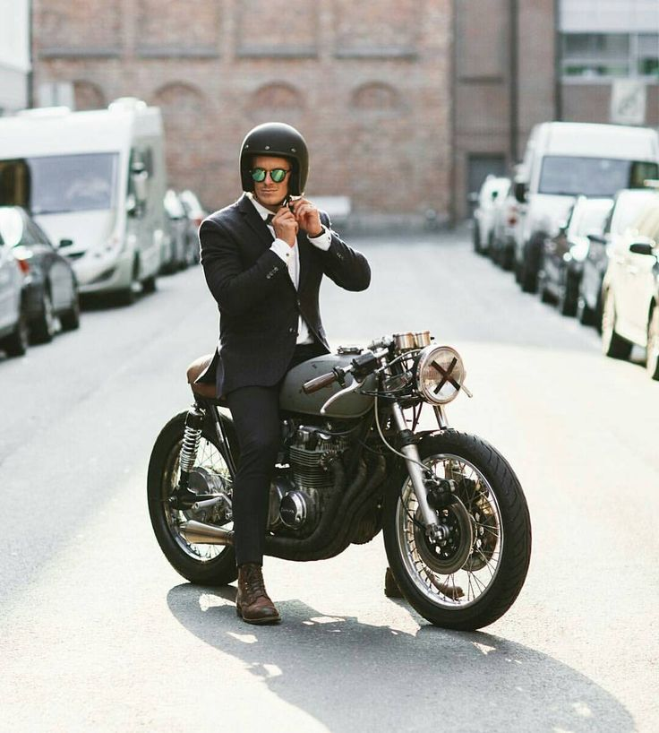 "Gefällt 2,506 Mal, 8 Kommentare - Cafe Racer And Bobber Nation (@caferacerandbobbernation) auf Instagram: ""@eljackson and his Honda CB Cafe Racer joined the distinguished gentlemen's ride yesterday! …"""