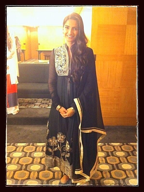 Sonam Kapoor in black anarkali with golden  embroidery  #PankajandNidhi