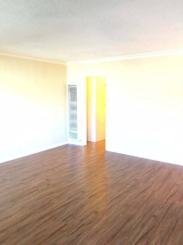 918 East Acacia Avenue Glendale Ca 91205 1 Bedroom Apartment For Rent For 1 695 Month Zumper Apartments For Rent 1 Bedroom Apartment Renting A House