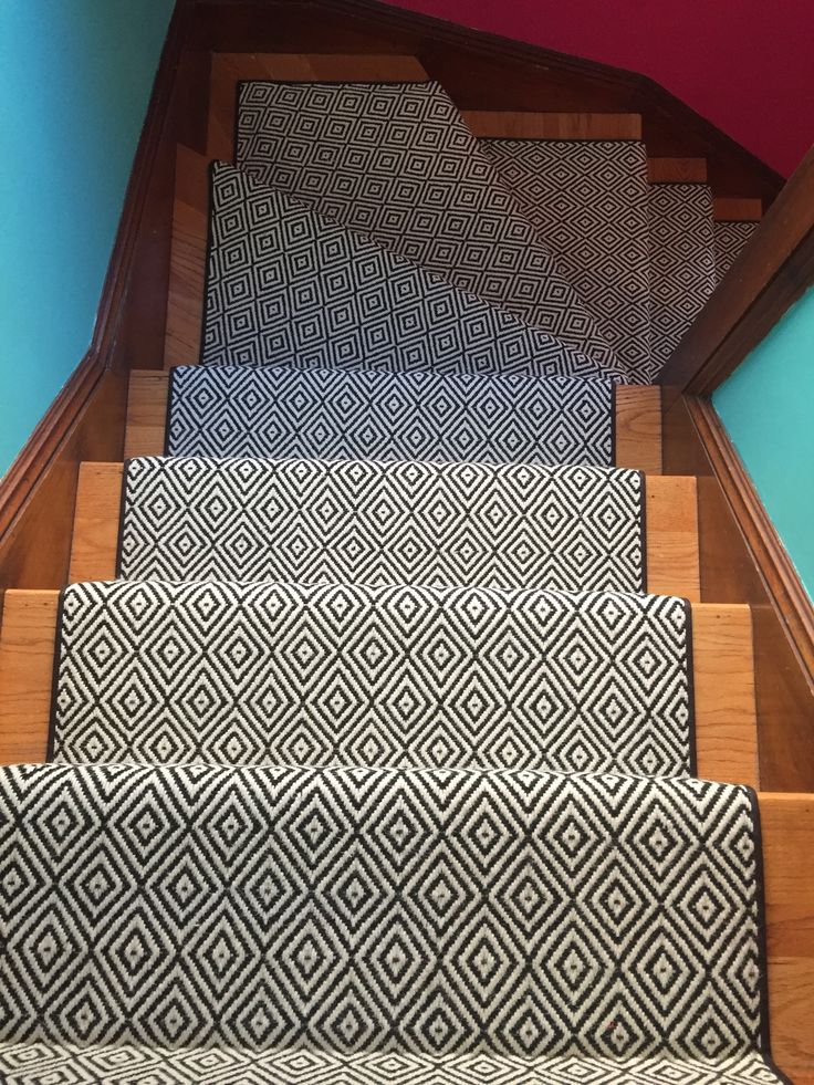 Best 91 Best Geometric Stair Runners Rugs Images On Pinterest 400 x 300