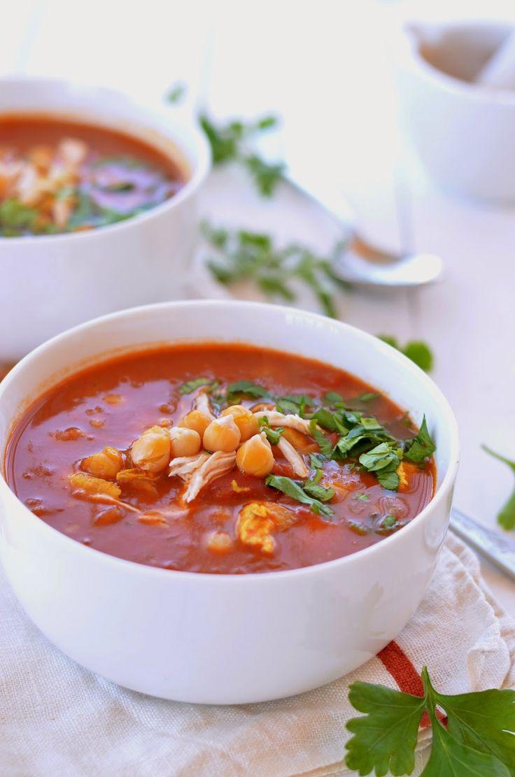 Marokańska zupa z kurczakiem i cieciorką