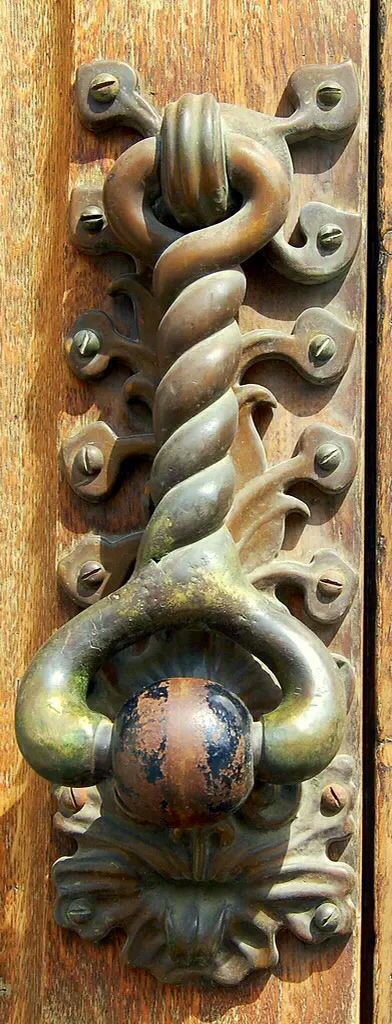 Such character in this door knocker. Makes me wonder who has knocked on that very door, and who was on the other side.