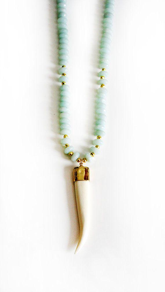 Collar de cuerno de búfalo blanco Amazonita por keijewelry en Etsy