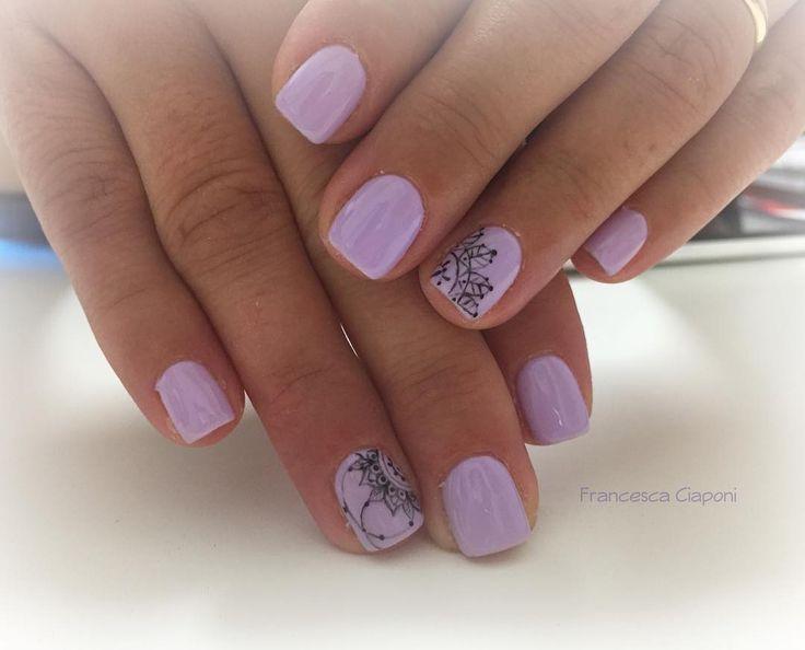 L'Easy Lac più richiesto in assoluto... ➡️➡️➡️➡️➡️➡️ EASY LAC n. 01 LILLA  #nails #nailart #unghie #unghiegel #gelnails #semipermanente #lilla #lilac #manicure #naildesign