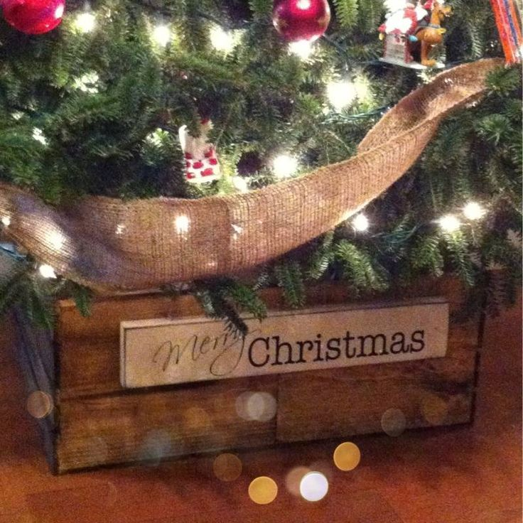 Diy christmas tree skirt crate christmas decor for Wooden box tree stands