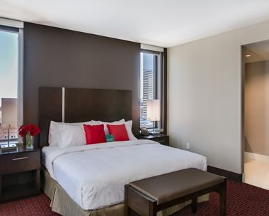 Homewood Suites by Hilton Hotel Denver Downtown-Convention Center, CO - Accessible King