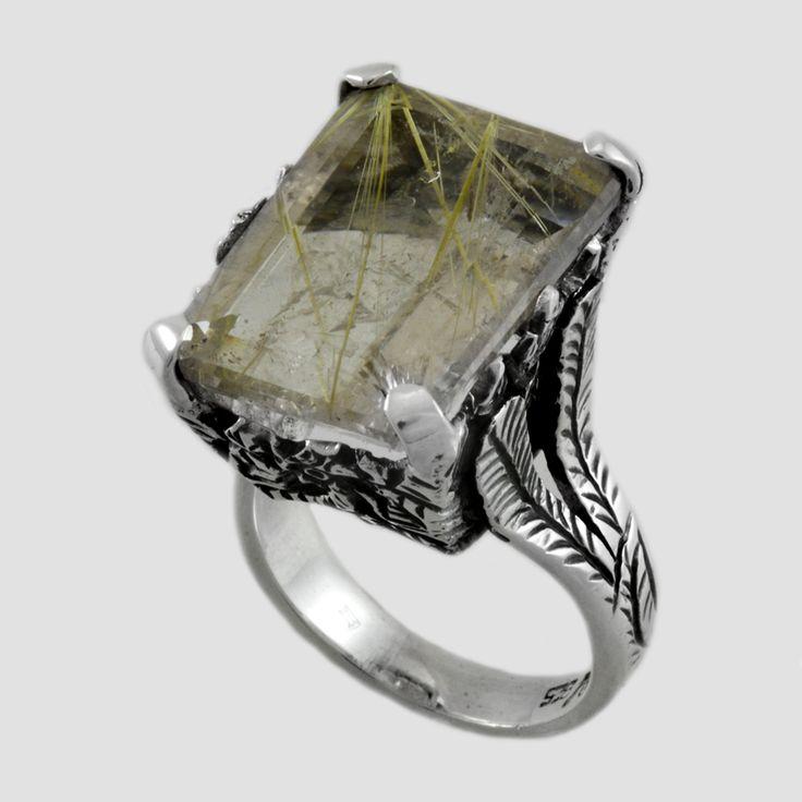 Inel din argint cu piatră de cuarț rutilat