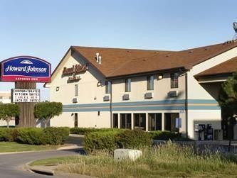 Wichita Ks Howard Johnson Inn Airport United States North America