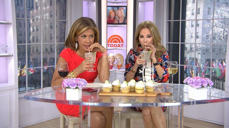 It's National Margarita Day! KLG, Hoda celebrate with tequila cupcakes