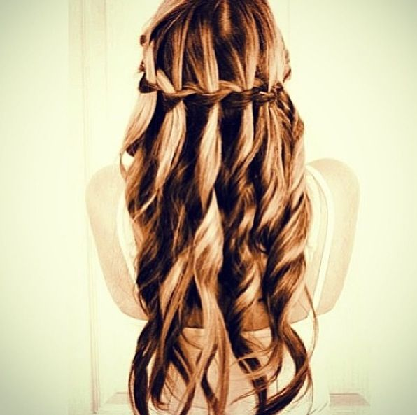 possible hairstyle for the navy ball | Make-up and hair ...