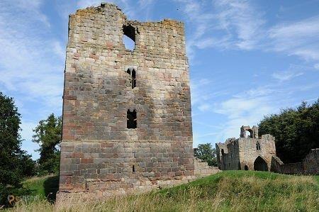 Замок Итал – #Великобритания #Англия (#GB_ENG) Руины замка Итал открыты для посещения с апреля по сентябрь. http://ru.esosedi.org/GB/ENG/1000458380/zamok_ital/