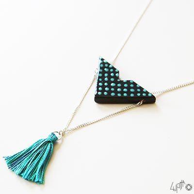Aperçu du collier sautoir Sachi en céramique noir et turquoise :)