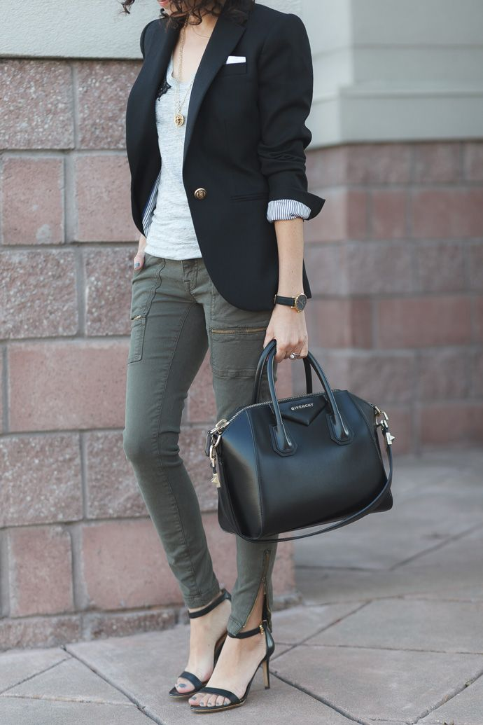 Easy outfit - black blazer jacket and olive green cargo pants.