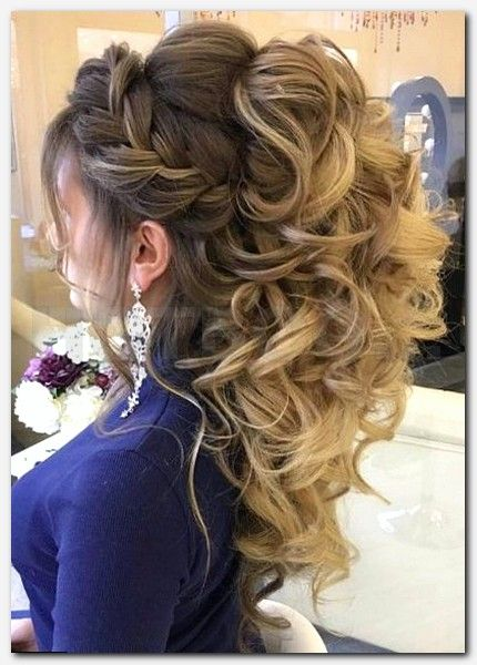 short hairstyles for long faces, best haircuts women 2017, current hair fashion, hairstyle tester, 2017 womens hairstyles medium, new style of hair cutting, hairstyles of braids, trending haircuts, latest celebrity hairstyles, hairstyles pictures for long hair, cute hairstyles for fine hair,  cute girls hairstyles com, short hairstyles for thin curly hair, fall 2017 hairstyles, autumn 2017 hair trends, short hairstyles 2017 for curly hair