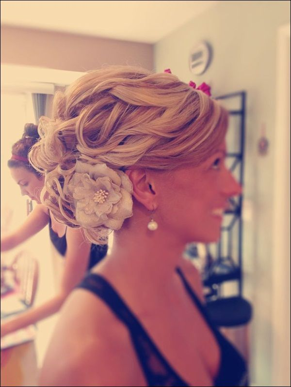 elegant wedding updos long