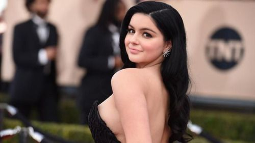 Ariel Winter praised for strapless SAG Awards gown that showed... #ArielWinter: Ariel Winter praised for strapless SAG Awards… #ArielWinter