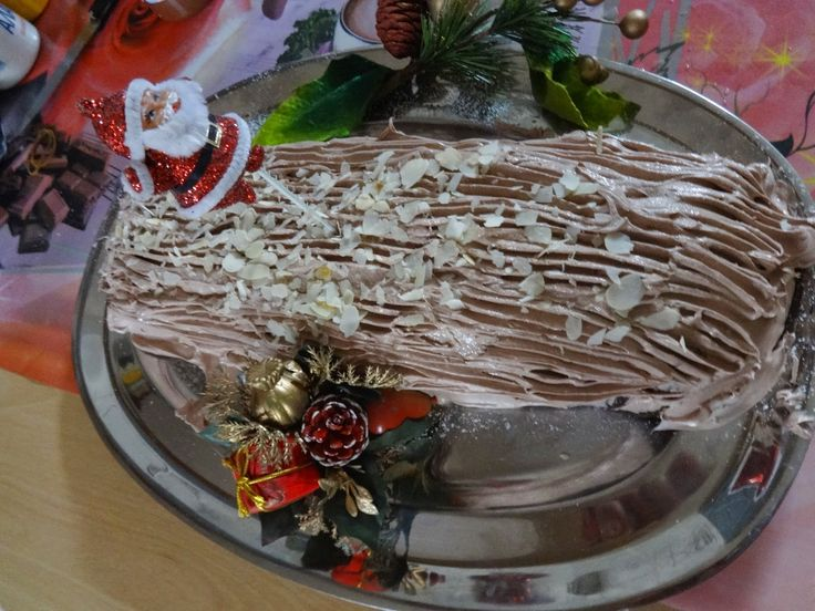 armenaki: Χριστουγεννιάτικος ..Κορμός με κάστανα!!