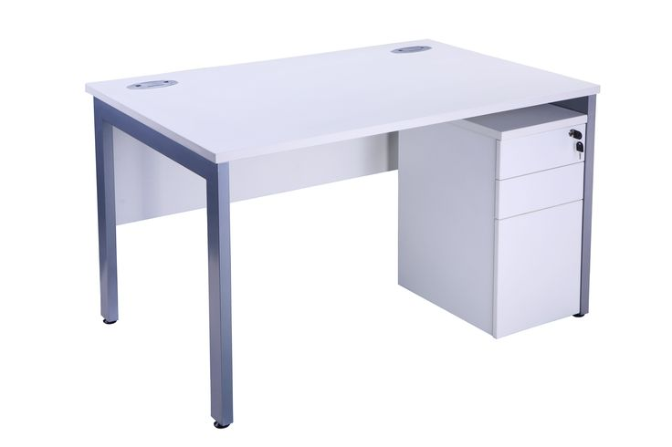 WS02 1800 X 1800 Workstation with Privacy Panel WS01 1800 X 800 Workstation (No Privacy Panel)