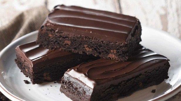 Double Fudge Brownie from Panera.  Looks like Sanders' Bumpy Cake....yummm