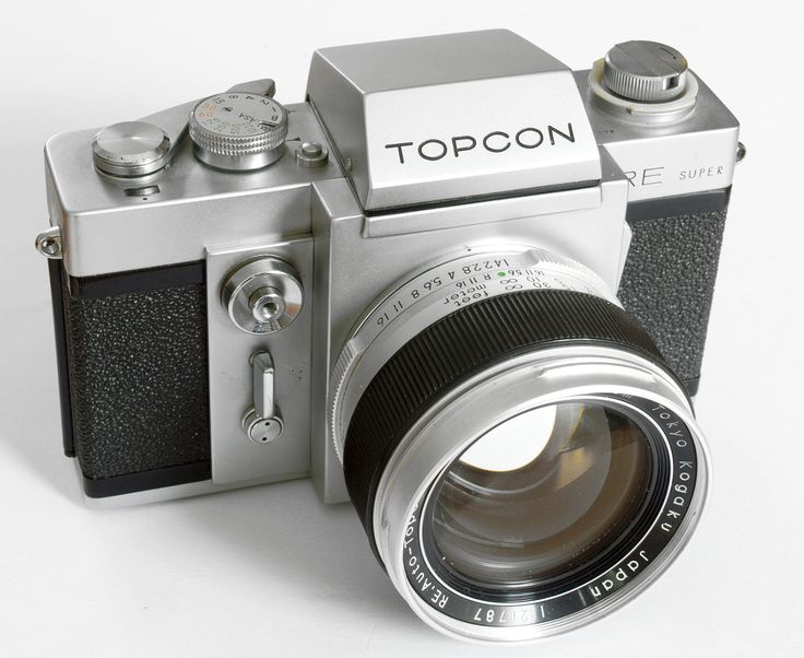 Topcon RE Super 35mm SLR PROFESSIONAL Studio Camera.  I currently own this cam.