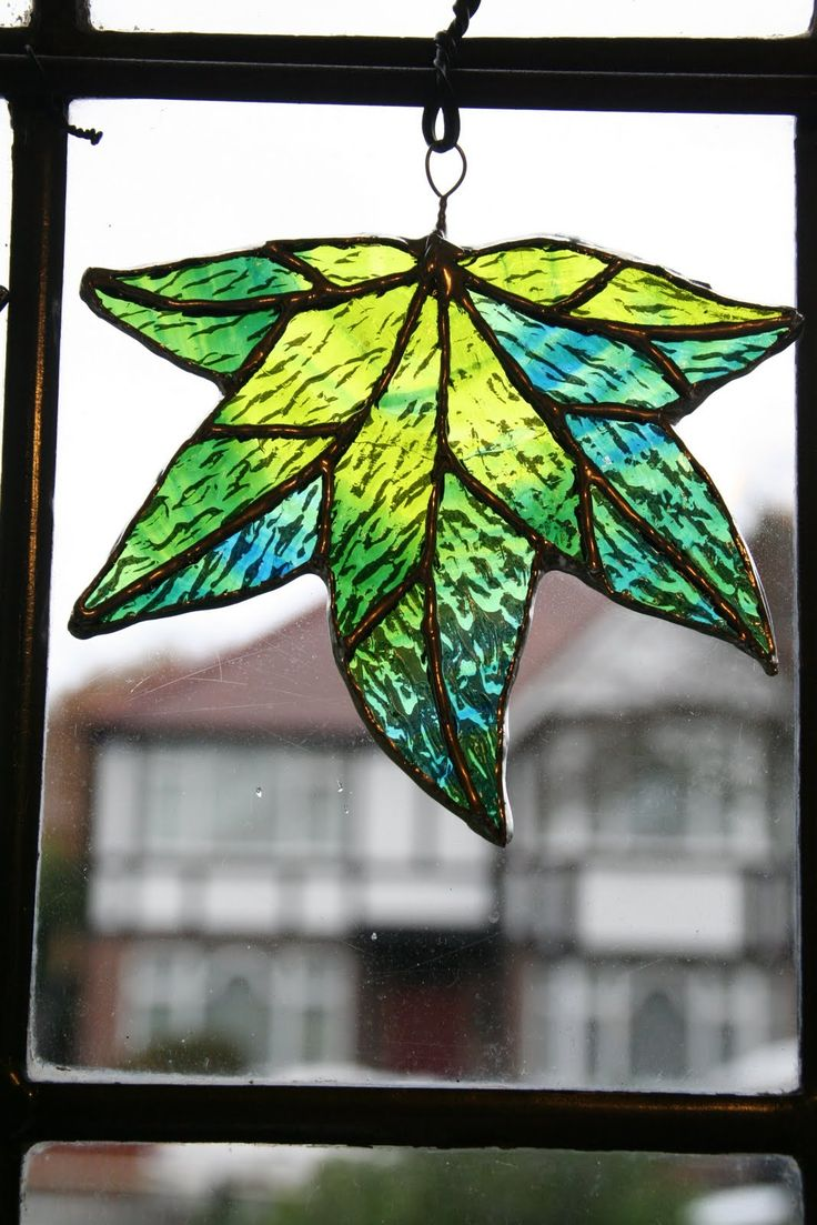 Chiaki's work: Stained Glass Leaf-Spring green