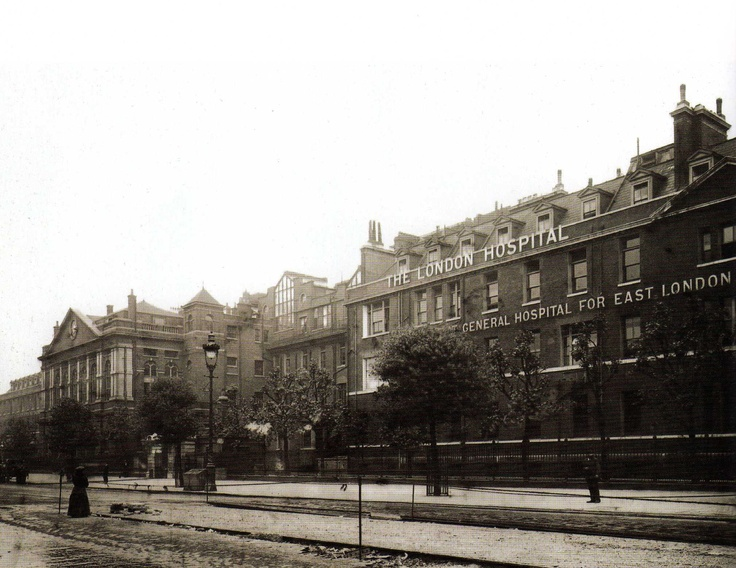 London Hospital in the East End of London - 1906