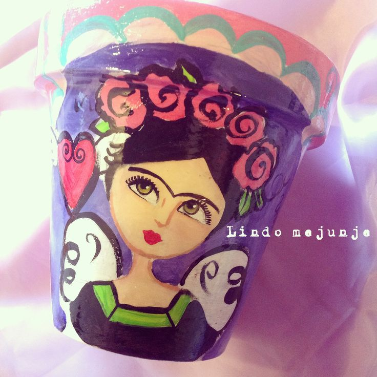 Macetas pintadas a mano .frida Kahlo