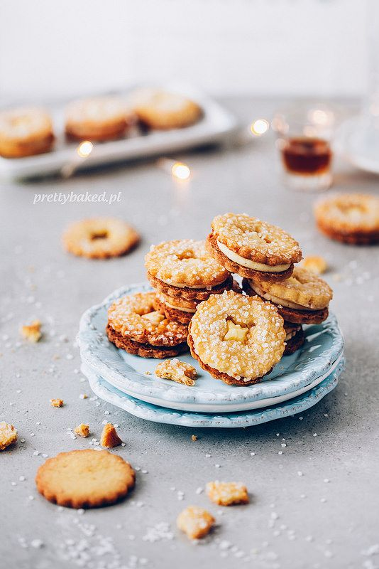 ... amaretto & orange cookies ...