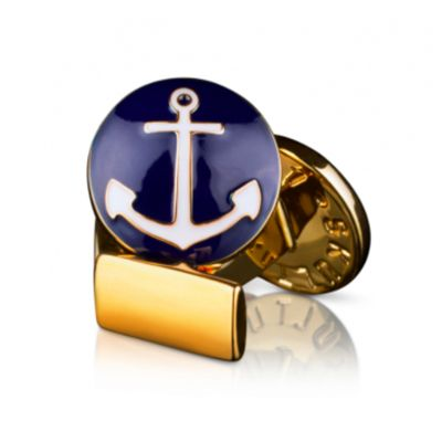 SKULTUNA  THE ANCHOR  €60  A classic sailing cufflinks with a white anchor against a navy blue background. A perfect match for the club-jacket at the regatta dinner.