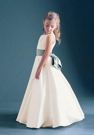 83 best Communion dress inspiration images on Pinterest   Communion ...