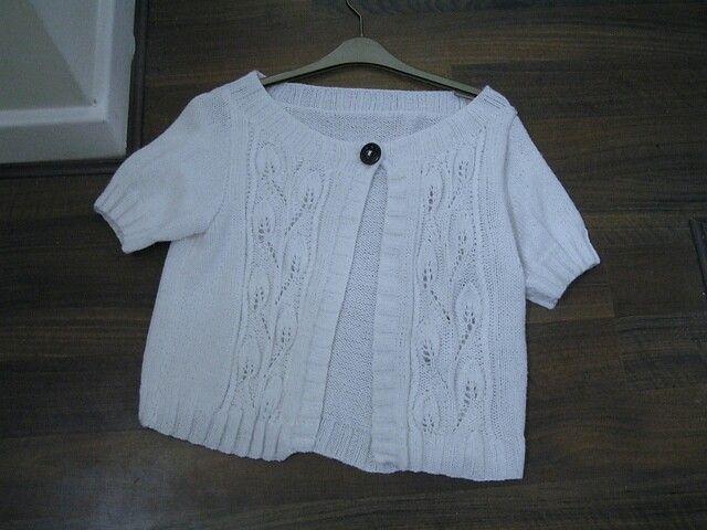 Leaf pattern sirdar hand knitted cardigan