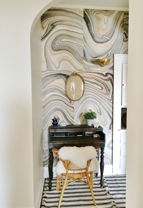 Marbled paper wall - easy and inexpensive #myhandsmadeit