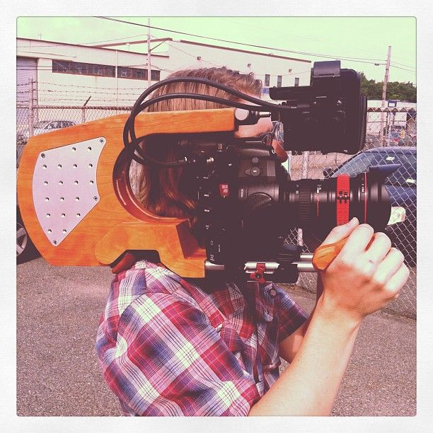 """Dopest camera rig....#camera #ny #la #retro ish"" by @hisnameisandy: Filmmaking Rigs, Camera Rigs Camera, Shoulder Rigs, Rigs Camera Ni, Http Findanswerh Com Camera, Film Rigs, Dopest Camera, Diy Camera, Digital Camera"