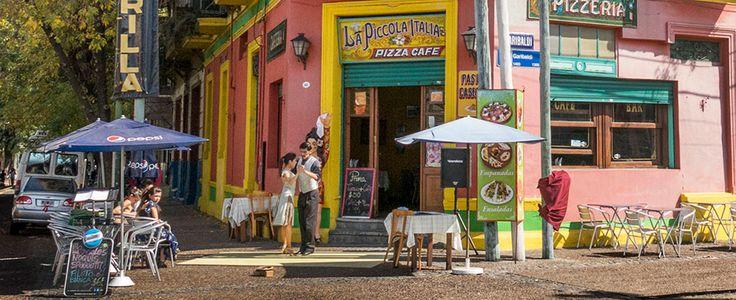 Atracciones gratuitas   Sitio oficial de turismo de la Ciudad de Buenos Aires- La calle más famosa del barrio de La Boca, bautizada Caminito