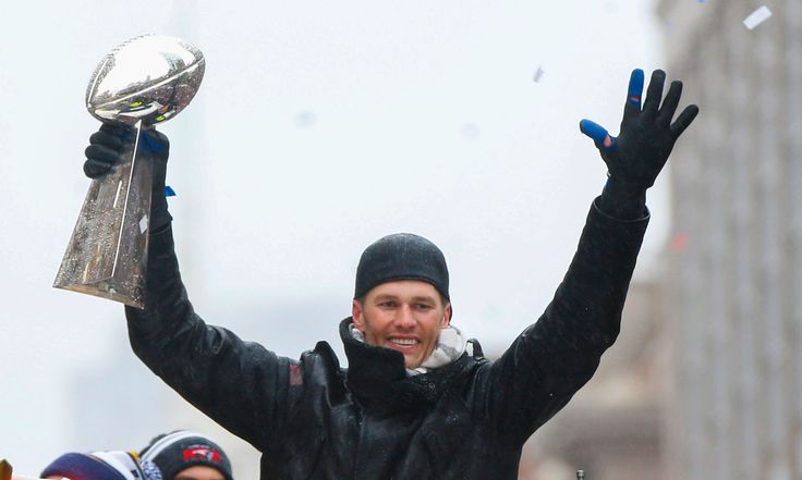 The Lombardi Trophy had a scary run-in with a deer Saturday night.  A car transporting the Patriots' Super Bowl trophy to the Cross Insurance Center in Bangor, Maine struck a deer, according to the AP. The employee and trophy were unharmed. No word on the status of the deer.  A Maine...  http://usa.swengen.com/pats-super-bowl-trophy-involved-in-car-accident/