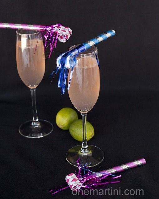 #Drink #Recipe / Cava cocktail with passion fruit vodka – One Martini