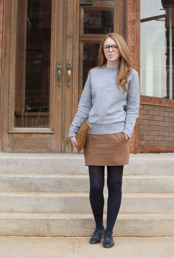 grey sweater, camel skirt, navy tights - uber cute.
