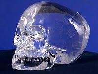 UNIVERSO INSÓLITO: Las calaveras de cristalEl misterio sobrela leyen...