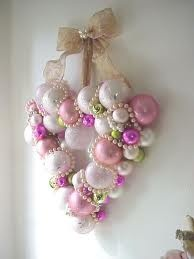 WREATH HEART ORNAMENTS /VINTAGE GLASS