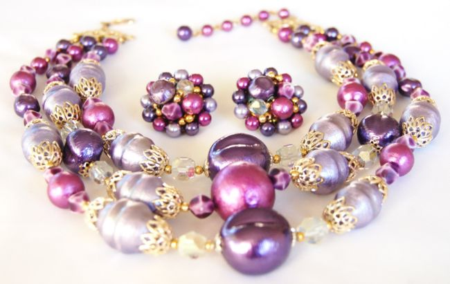 Japan Chunky Purple Necklace Earring Set- A Saucy Set!