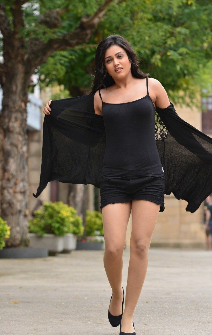 4-Mishti-Chakraborty-Actress-Latest-Hot-Photo-Shoot-Stills-Photos-in-Black-Dress.jpg (733×1158)