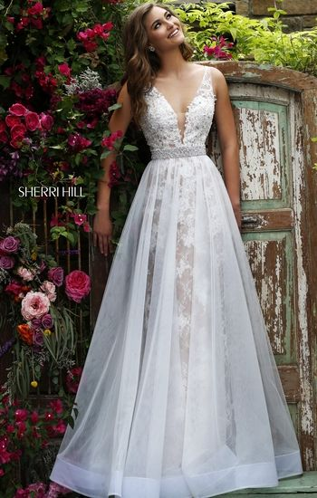 Because Sherri Hill finally made a bridal line!! Sherri Hill 11282