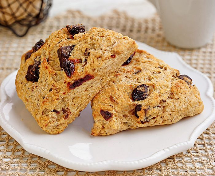 6 Sweet and Savory Scone Recipes for Lazy Weekend Brunches