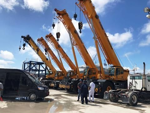 5 units of rough terrain cranes have been acquired for Freeport on Grand Bahama Island in the Caribbean to carry out ship maintenance. There is a total of 4 units of XCMG roughter and 1 unit of Grove roughter.