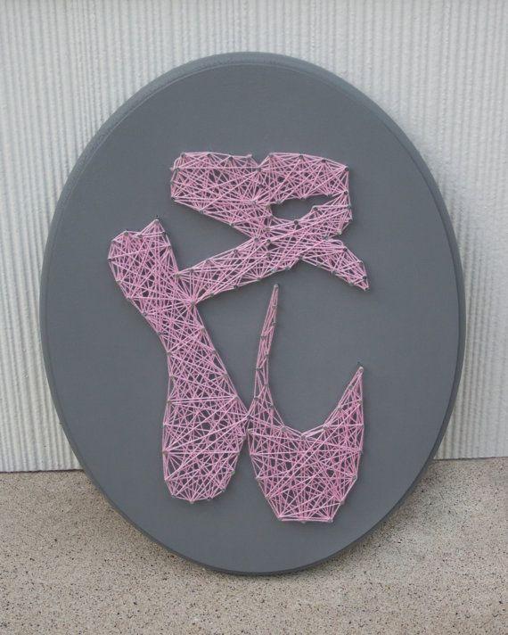 Ballerina Slipper string art                                                                                                                                                                                 Mais