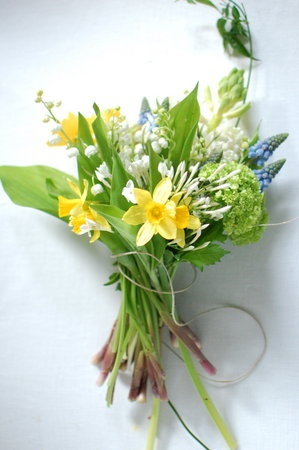 daffodills, lily of the valley, jasmine, diy bouquet, spring