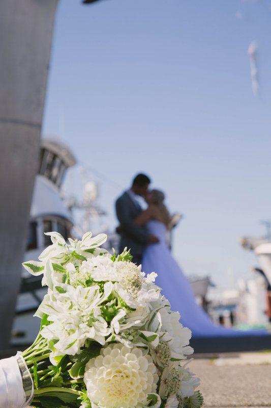 Emotii cat pentru o viata intreaga! Gann Wedding Photos by Photos by Bailey wedding seattle bellingham bride groom  efevents
