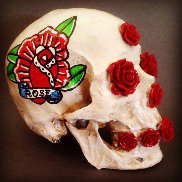 663 best skulls and skeletons 3 images on pinterest skulls day of dead and sugar skull. Black Bedroom Furniture Sets. Home Design Ideas