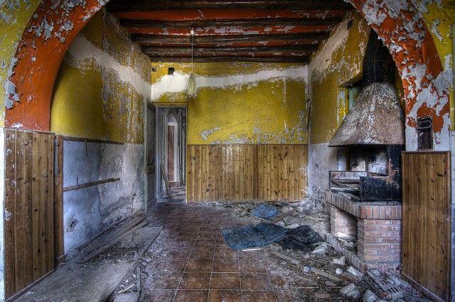 17 mejores ideas sobre casas abandonadas en pinterest - Casas antiguas por dentro ...
